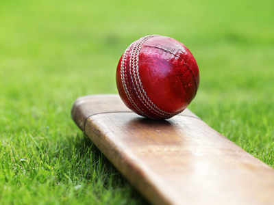 Pak cricketer reports match-fixing approach