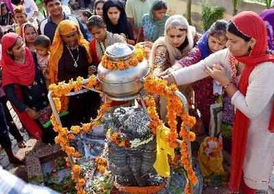 Maha Shivratri 2018: Dates, significance, celebration, rituals and legend around Lord Shiva
