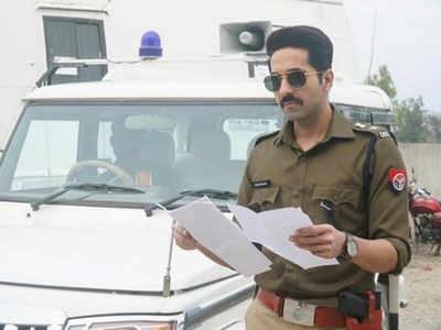 Ayushmann Khurrana and team battle leaches for Article 15