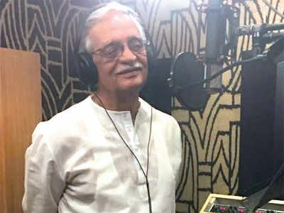 Gulzar records a poem on climate change