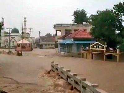 4 inches of rain in 2 hours leaves Kutch waterlogged