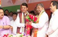 Mumbai: CM Fadnavis facilitates newly appointed BJP Maharashtra president Chandrakant Patil