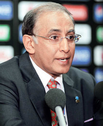 Failing to rope in TV deal for global T20 league, Lorgat quits