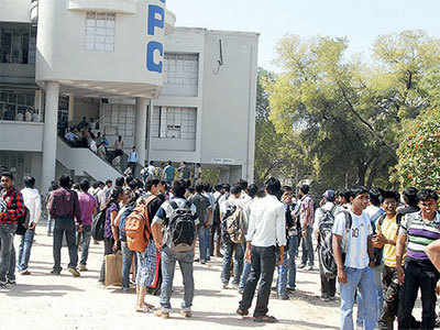 Gujarat: Less than 25% tech colleges agree to Fee Regulatory Committee regulation