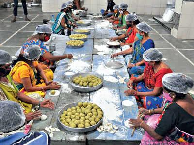 Sweet luxury: Gold ghari for Rs 11,000/kg
