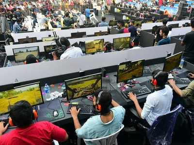 Pubg Ban 10 Held In Gujarat For Playing Banned Game On