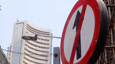 Stock markets live: Sensex slips 410 points as realty, IT stocks fall; Nifty ends below 17,800