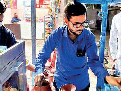 Tuition teacher fallen on hard times turns to panipuri for a living