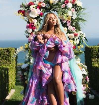 Beyonce reveals first picture of twins