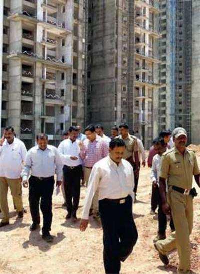 Rs 1,000-cr land taken back from builder by govt