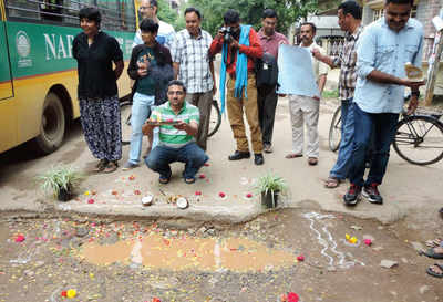 Hungry for better amenities, HSR residents resort to pothole puja