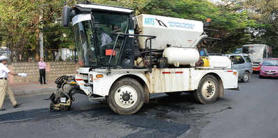 Does BBMP want another pothole scam?
