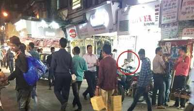 Rs 500, Rs 1000 notes discontinued: Rs 400 in exchange of 1,000 in Zaveri Bazaar