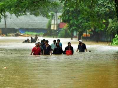 Image result for kerala flood , other states helps