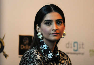 Sonam Kapoor completes nine years in Bollywood