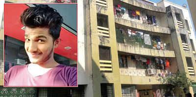 Man hangs self after sending selfie to wife