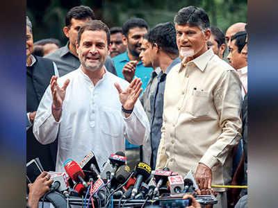 For Third Front, Naidu meets Rahul, Pawar and Abdullah