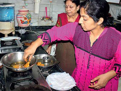 Rajagara you eat may be mixed with Maida!