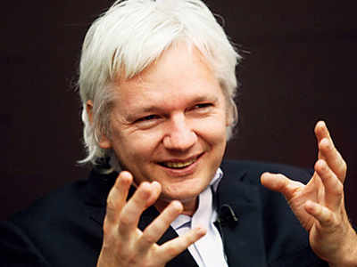 Assange to fight US warrant: Lawyer