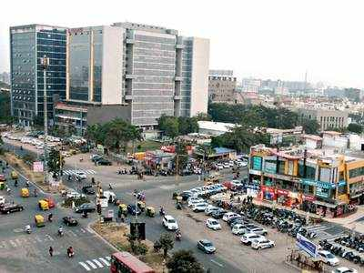 AMC model of roads has no space for cycles