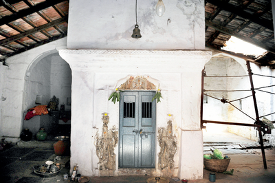 Roof of 150-year-old Ganesha temple in Bangalore Fort is in ruins