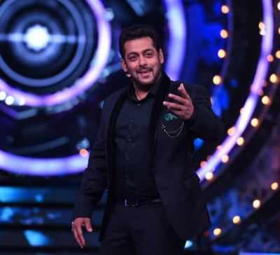 Bigg Boss 11, Episode 21, Day 21, 22nd October 2017, Live Updates: No eviction on this weekend, Dhinchak Pooja enters Bigg Boss house