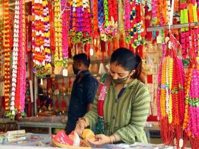 Rakshabandhan: COVID-19 affects 80 per cent rakhi business in Ahmedabad