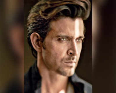 Vikas Bahl, Mukesh Chhabra looking for Hrithik Roshan's super 30