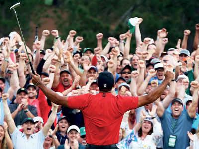 Tiger Woods roars again