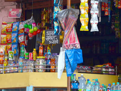 State proposes cancelling licences of shops flouting plastic ban norms