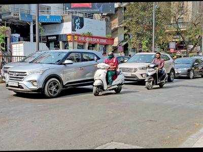 Amdavadi commuters have just one question: Where's the stop line?