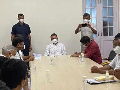 Breaking news live updates:  CPI leader Kanhaiya Kumar and Gujarat MLA Jignesh Mewani join Congress