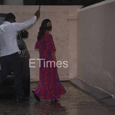 Alia Bhatt clicked outside SLB's office