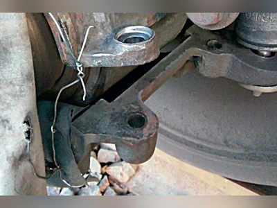 Worker spots missing nut-bolts in wheel, averts derailment