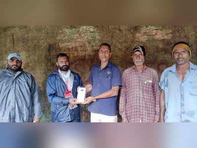Charged up! Volunteers aid rain-struck villagers