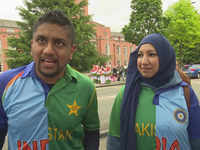 'We're supporting peace today': Couple from India and Pakistan