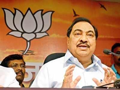 BJP leaders tried to defeat Pankaja Munde and Rohini: Eknath Khadse fires veiled barb at Devendra Fadnavis