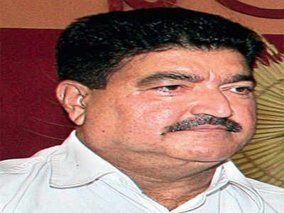 BR Shetty stopped from flying out
