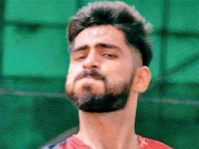 Under-pressure Gujarat make statement with big win