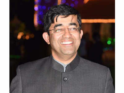 Praveen Pardeshi is the new BMC chief