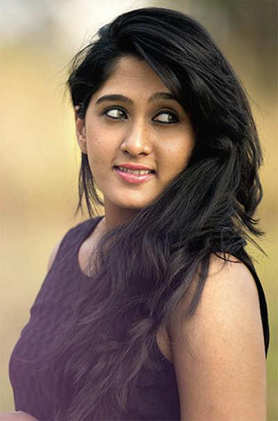 Theater shortage hit 'Srinivasa Kalyana'
