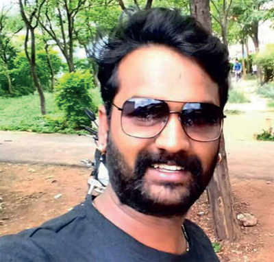 Don't take loans, says cabbie; and then kills himself