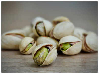 Trucker abducted, pistachios worth Rs 1.4 cr looted in Anjar