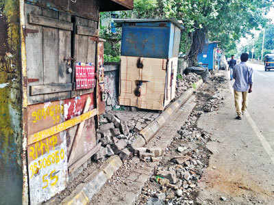 Pimpri footpath suffers due to dumping of blocks