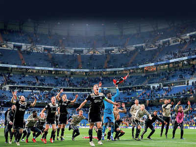 Ajax Amsterdam defeat Real Madrid 4-1 to advance into quarter-finals
