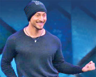 Tiger Shroff steps in for Sanjay Dutt and bails out fave director Remo D'Souza