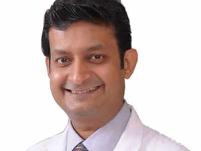 Spine surgeon Dr Ketan Sripad Khurjekar, driver killed in accident on Mumbai-Pune Expressway