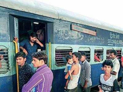 Gujarat rape: Security beefed up after migrants from UP, Bihar throng Ahmedabad railway, bus stations