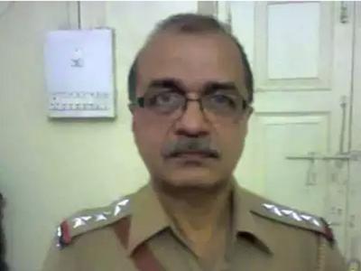 Why was my father denied his promotion? Ex-cop's son Saket Gokhale asks Devendra Fadnavis