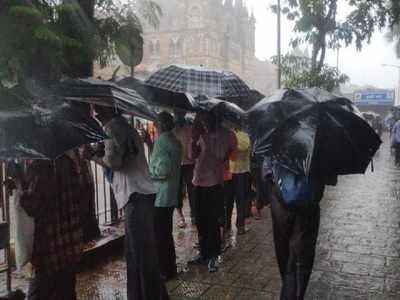 Heavy rains lash Mumbai, waterlogging at Dadar, Hindmata, Sion, Mahim, Khar Subway; traffic diverted
